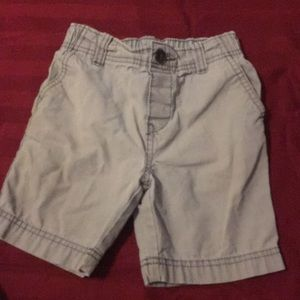 Size 5T gray pull in shorts